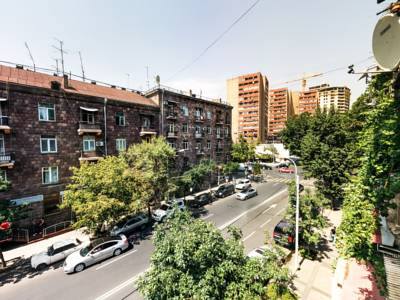 هتل لایتس ایروان