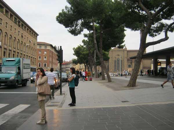 ایستگاه قطار شهر فلورانس ایتالیا