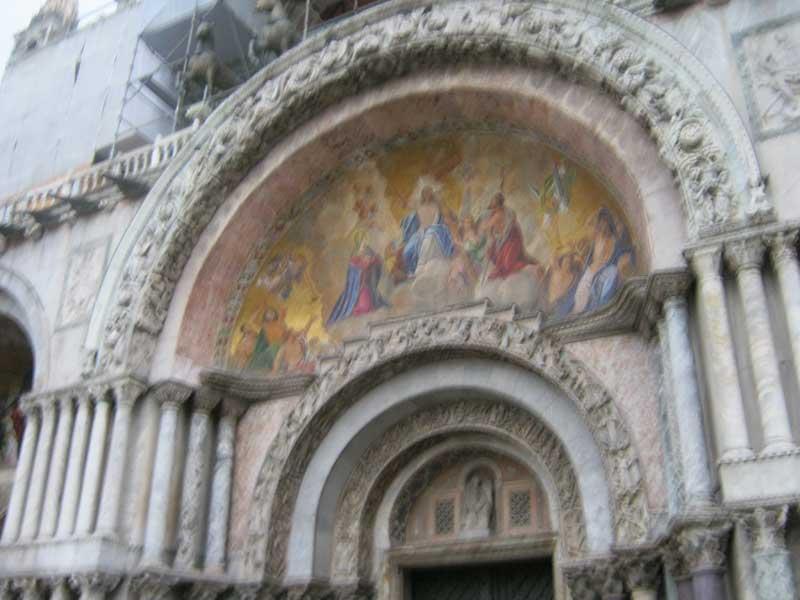 ورودی کلیسای سن مارکو ونیز ایتالیا-ارزان سفر