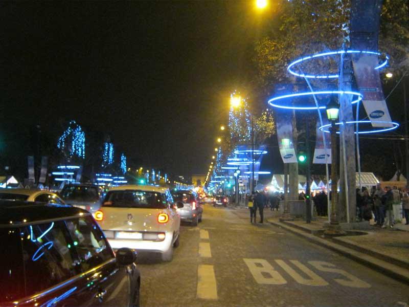 خیابان شانزالیزه پاریس