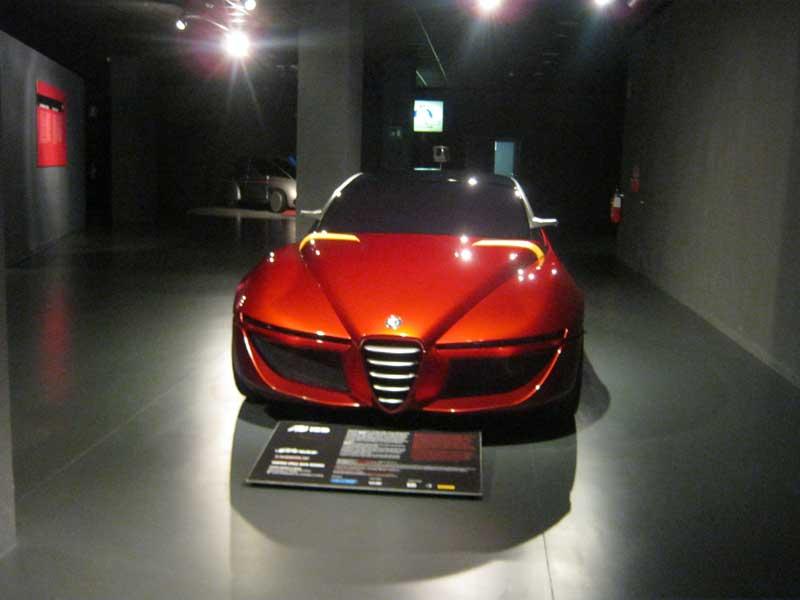 از جدیدترین محصولات آلفارومئو به نمایش گذاشته شده در موزه اتومبیل تورین