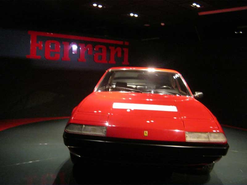 از جمله مدل های محبوب و قدیمی خودرو فراری که در موزه اتومبیل تورین ایتالیا به معرض نمایش گذاشته شده است.