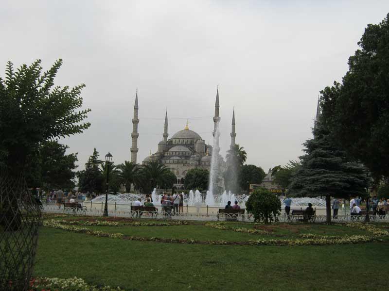 نمایی از مسجد سلطان احمد استانبول