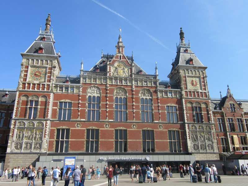 ایستگاه قطار مرکزی آمستردام
