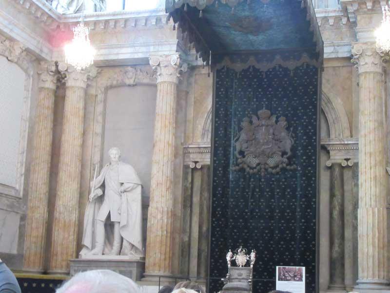 بخش هایی از داخل کاخ سلطنتی سوئد