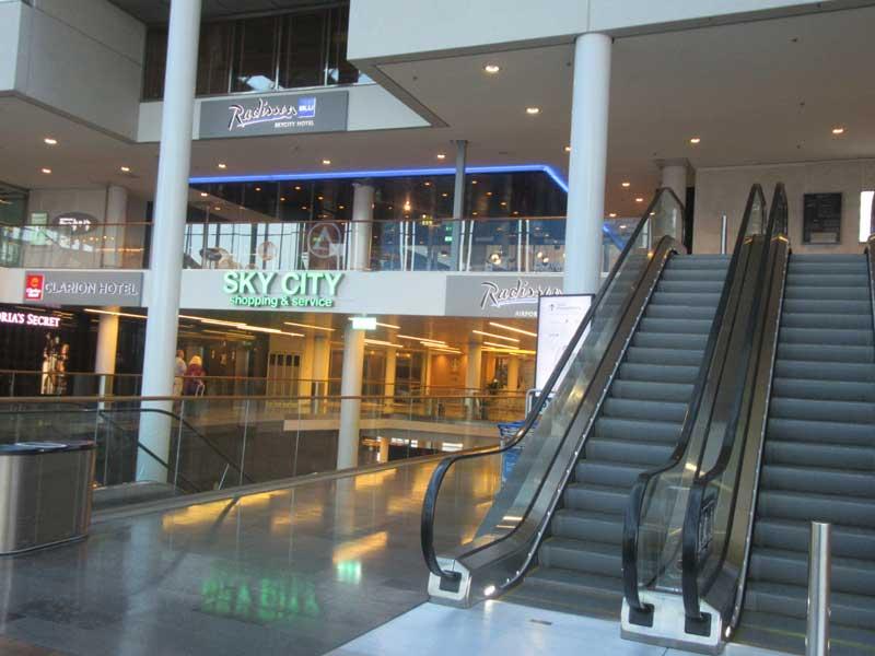 ورودی شهر آسمان (Sky City) در فرودگاه آرلاندا استکهلم