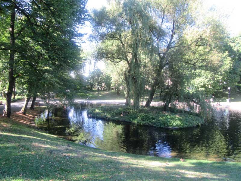 پارک کنار کاخ سلطنتی نروژ