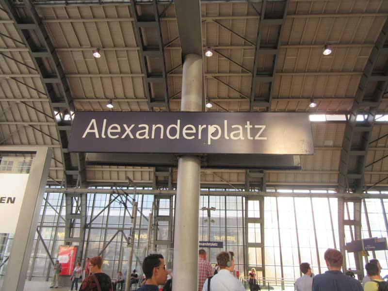 ایستگاه مترو الکساندر پلاتز